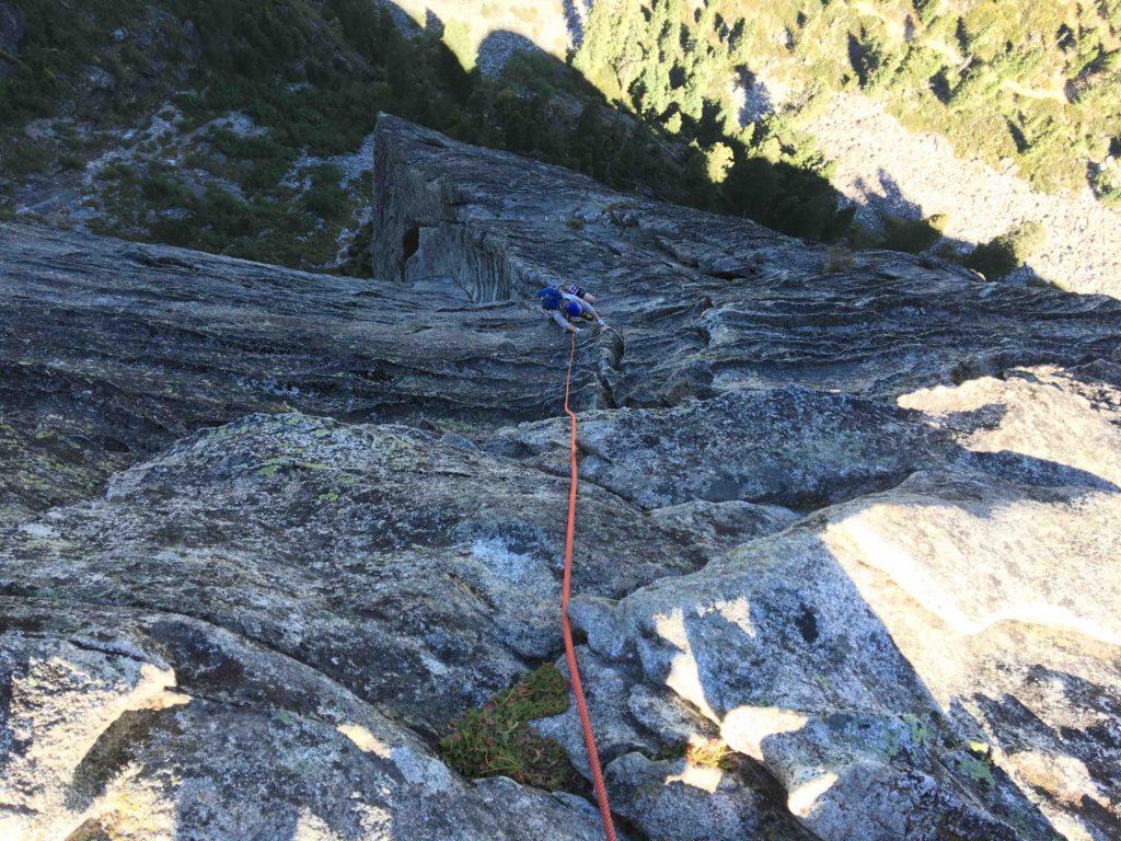 Follower climbing the last pitch of Corrugation Corner